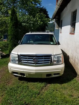 2003 Cadillac escalade for parts for Sale in Lykens, PA