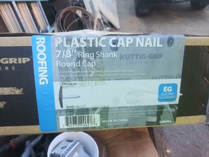 7/8 ring shank roofing/felt plastic head nails for Sale in Nuevo, CA