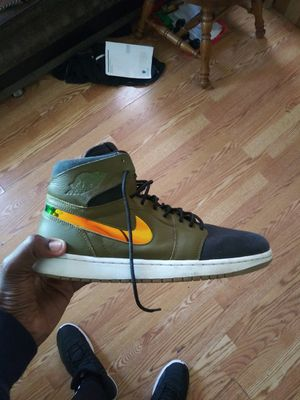 """Air Jordan 1 """"Olive"""" Size 10.5 for Sale in New York, NY"""