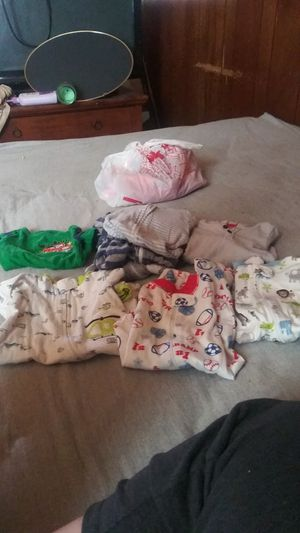 Newborn baby clothes for Sale in Roseville, MI