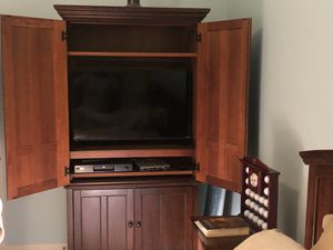Wardrobe/Armoire for Sale in Hilliard, OH