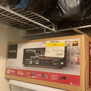 Sony stereo Receiver for Sale in Port St. Lucie, FL