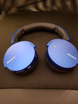 Sony MDRXB650BT Headphones for Sale in Chula Vista, CA