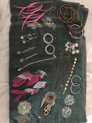 Jewelry 10$ for all for Sale in Lewisville, NC