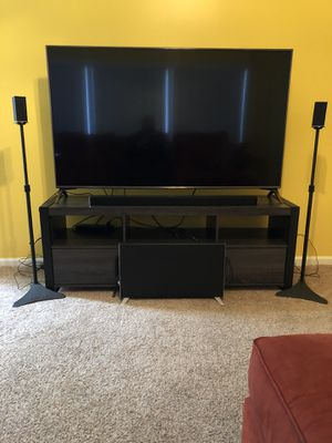 Vizio 5.1 Surround Sound Bar System w/Speaker Stands - Does not include TV! for Sale in Grosse Pointe Woods, MI
