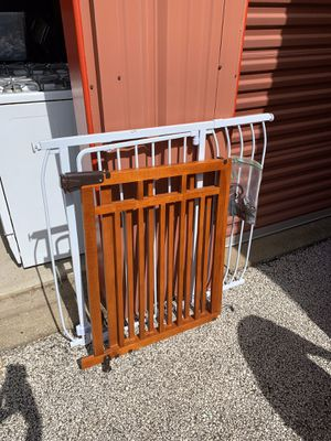 Baby/Pet Gate for Sale in Akron, OH