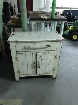 White Antique Cabinet for Sale in Dracut, MA