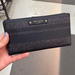 Hand Wallet for Sale in Oak Park, IL