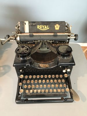 Antique Royal Typewriter with Glass Keys for Sale in Flowery Branch, GA