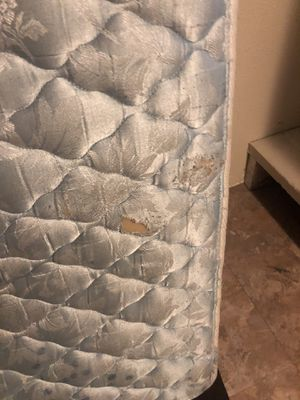 Free old mattress and box(metal frame included) for Sale in Orondo, WA