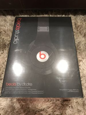 Beats studio beats by Dr Dre for Sale in Carmel, IN