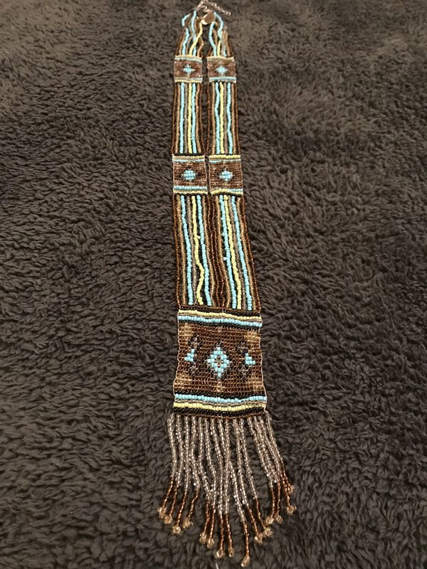 Breathtaking Native American beaded necklace