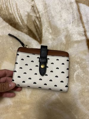 NWT Fossil wallet for Sale in Ruskin, FL