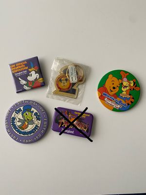 Vintage Disney pins buttons and keychain for Sale in El Monte, CA