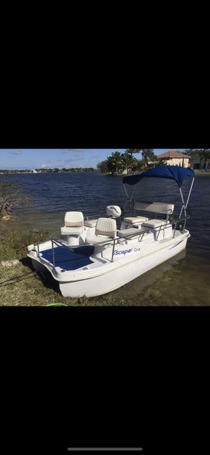 Escape Cruz Pontoon Boat for Sale in Miramar, FL