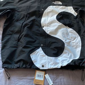 Supreme Jacket for Sale in Emerald Hills, CA