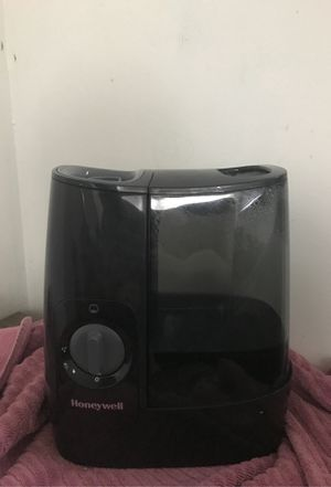 Honeywell Humidifier for Sale in Severna Park, MD