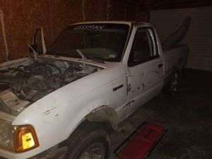 1999 and 2002 Ford Rangers for Sale in Jefferson City, MO