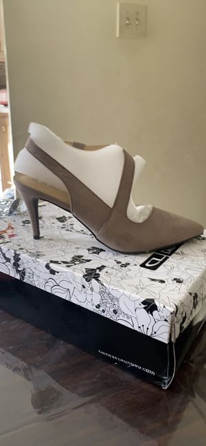 CL by Laundry womens odali closed toe stiletto heel pumps for Sale in Windsor Mill, MD