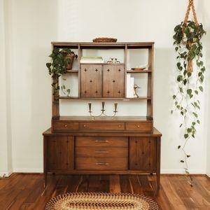 Broyhill saga Room Divider Hutch for Sale in Lake Stevens, WA