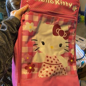 Girls Hello Kitty Rolling Suitcase for Sale in Gilbert, AZ