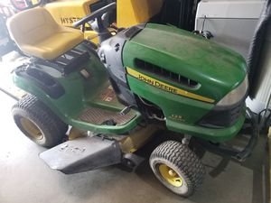 John Deere lawn tractor for Sale in Gardena, CA