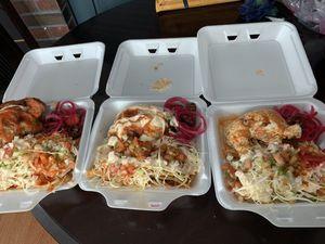 Pollos con tajadas for Sale in Waterbury, CT