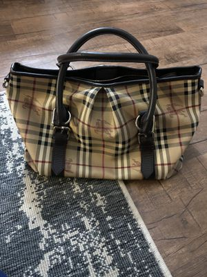 Authentic Burberry bag for Sale in Los Angeles, CA