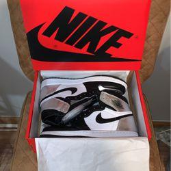 Jordan 1 Retro High Silver Toe Women's 9.5 (New) for Sale in Chicago,  IL