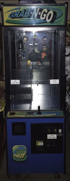 "26"" Grab N Go Crane Machine Arcade Toy Claw Game for Sale in Los Angeles, CA"