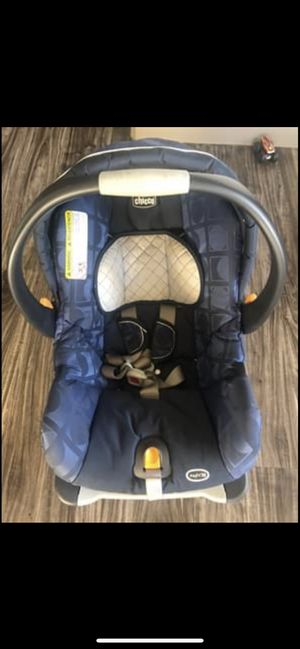 Chicco Keyfit 30 Car seat with base for Sale in Spring, TX