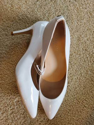 New kate spade high heel shoes size 9 for Sale in Snohomish, WA