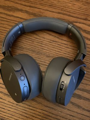 Sony Extra Bass Wireless Headphones Bluetooth Noise Canceling MDR XB950N1 Gray for Sale in Vancouver, WA