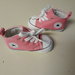 CONVERSE ALL STAR BABY GIRL SHOES for Sale in Corona, CA