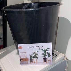 Brand new Planter/ pot for Sale in Lake Stevens,  WA