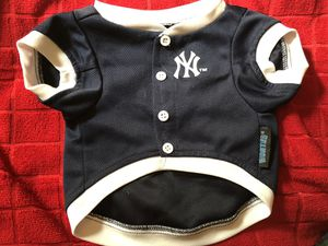 New York Yankees official dog jersey for Sale in Montebello, CA