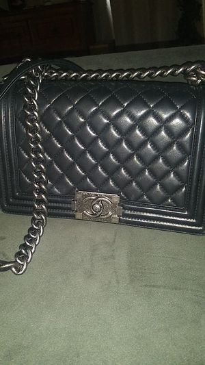 Chanel hand bag for Sale in Tampa, FL