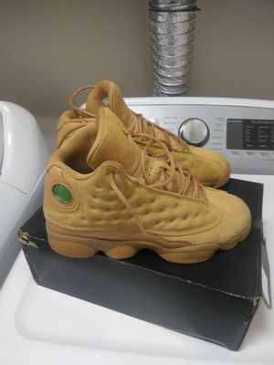 Air Jordan 13s Retro BG... Size 6 Boys for Sale in Chesapeake, VA