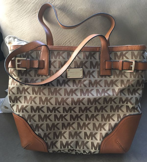 Michael Kors purse