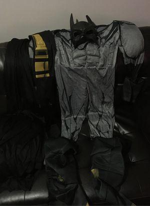 Free mens batman costume size M comes with cape mask for Sale in Carpentersville, IL