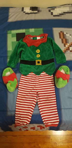 12 month Elf costume with elf slippers for Sale in Norfolk, VA