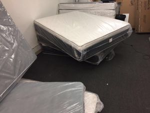 Queen pillow top mattress qwith boxspring for Sale in Los Angeles, CA