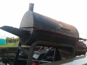 Free bbq pit for scrap metal for Sale in Channelview, TX