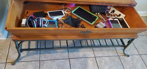 Coffee table for Sale in Lithia, FL