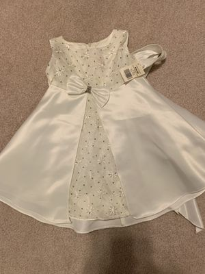 Flower girl - white dress - 12 month NWT for Sale in Las Vegas, NV