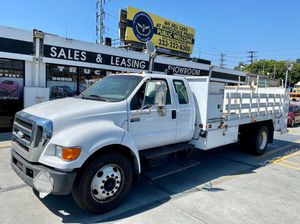 2006 Ford Super Duty F-650 Straight Frame for Sale in Los Angeles, CA