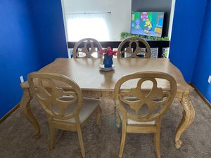 Large antique Dining room table for Sale in Medina, OH