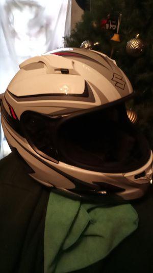 Suzuki motorcycle helmet like new for Sale in Los Angeles, CA