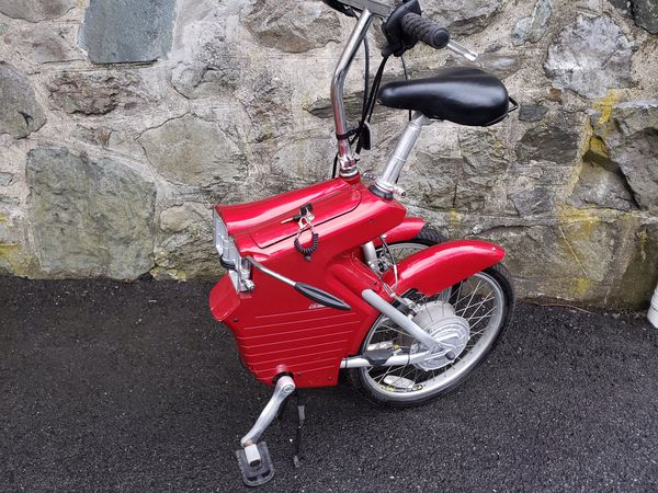Limited Edition LEE IACOCCA Mini Folding Electric Bike. Very Rare. Works great!—