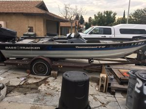 Bass tracker boat {contact info removed} for Sale in San Bernardino, CA